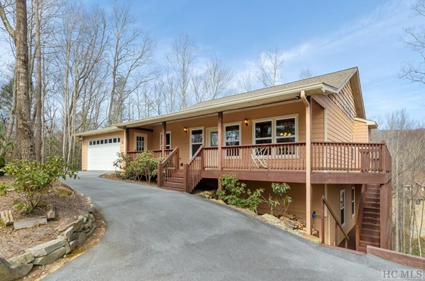 Single Family Home,Traditional, Traditional - Sapphire, NC (photo 1)