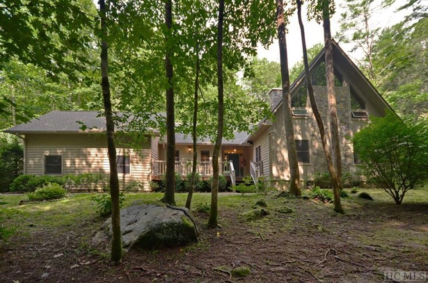 1.5 Story, Single Family Home,1.5 Story - Cashiers, NC (photo 1)