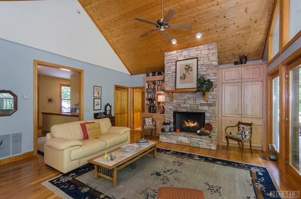 1 Story, Single Family Home,1 Story - Glenville, NC (photo 4)