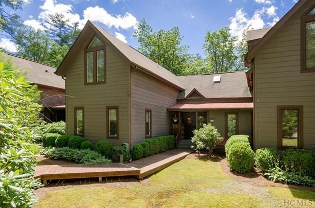Townhouse/Condo,2 Story, 2 Story - Sapphire, NC (photo 1)