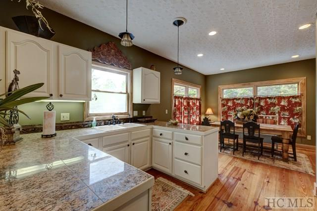 Single Family Home,Tri-level, Tri-Level - Cashiers, NC (photo 5)