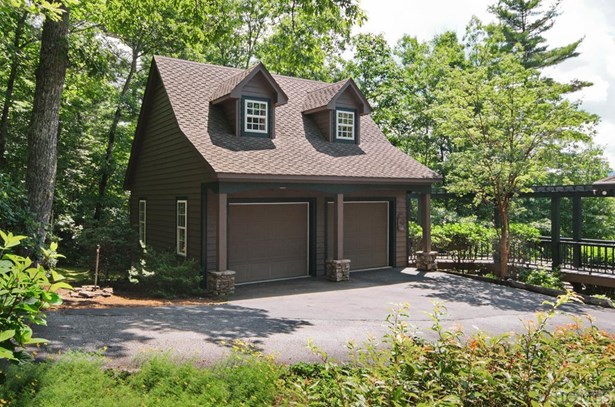 Single Family Home,2.5 Story, 2.5 Story - Cashiers, NC (photo 3)