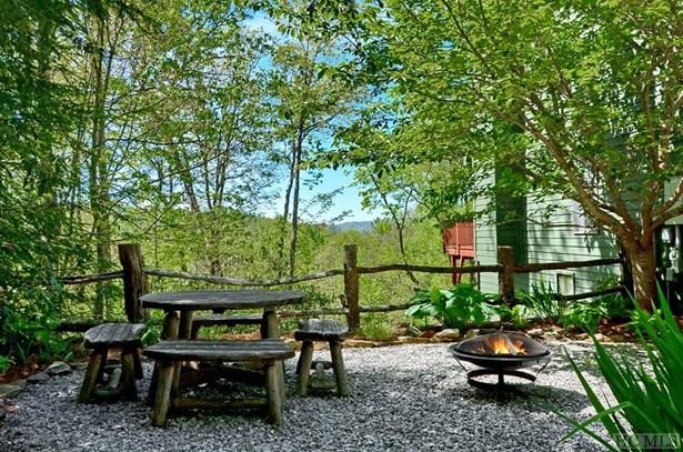 Single Family Home,Tri-level, Tri-Level - Highlands, NC (photo 4)