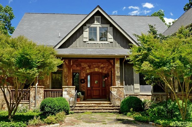 2 Story,Arts and Crafts,Traditional - Single Family Home,2 Story,Arts And Crafts,Traditional (photo 3)