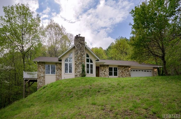 Single Family Home,2 Story,Traditional, 2 Story,Traditional - Glenville, NC (photo 3)