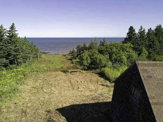 6179 Shore Road, Youngs Cove, NS - CAN (photo 2)