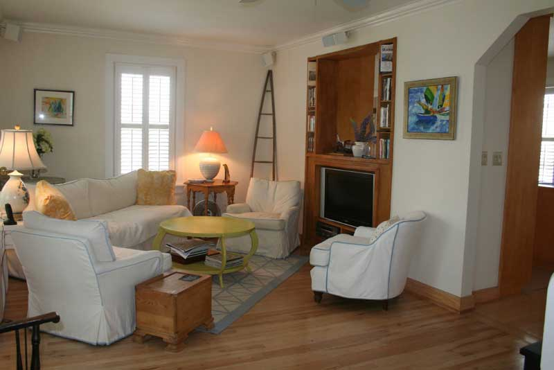 100 Queen Street, Chester, NS - CAN (photo 3)