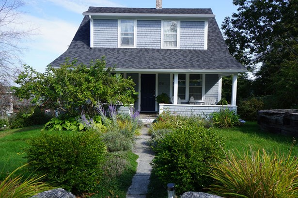 120 King Street , Chester, NS - CAN (photo 1)