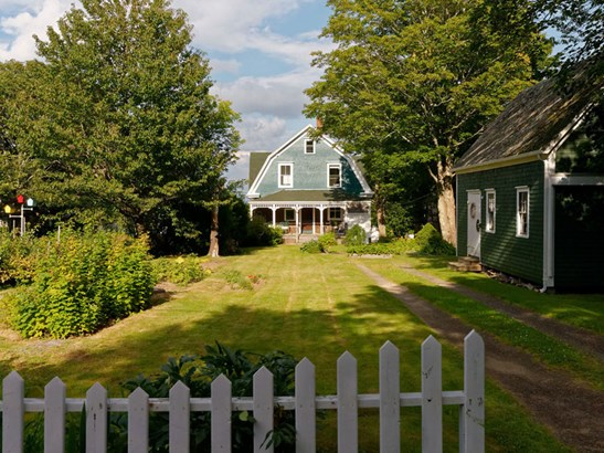 87 Queen Street, Digby, NS - CAN (photo 2)