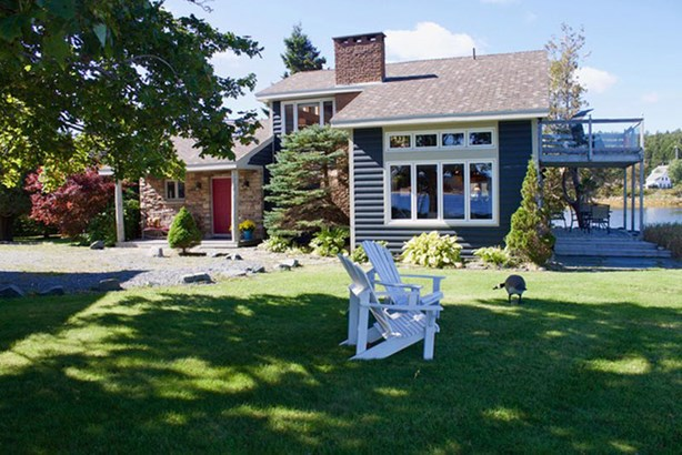 49 Fort Point Road, Lahave, NS - CAN (photo 1)