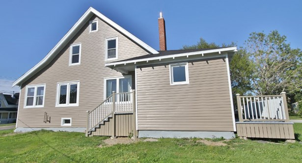 2046 Highway 1, Church Point, NS - CAN (photo 3)