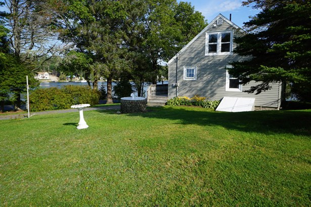 256 Borgel's Point Road - Lot 1 & 2, Chester Basin, NS - CAN (photo 1)