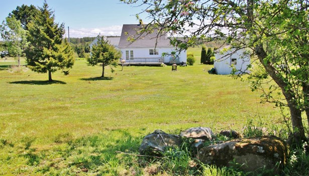 7051 Highway 1, St Alphonse, NS - CAN (photo 3)
