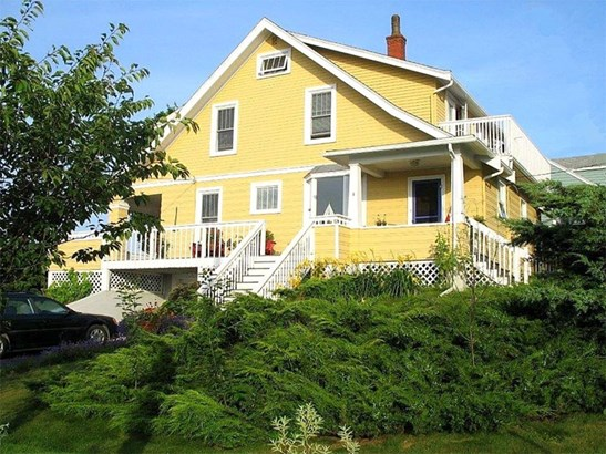 267 Pelham Street, Lunenburg, NS - CAN (photo 3)