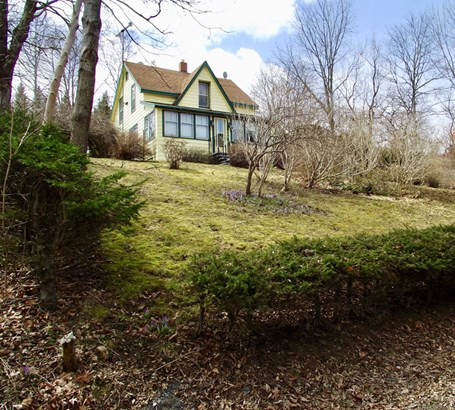 406 Riverview Road, Bear River, NS - CAN (photo 1)