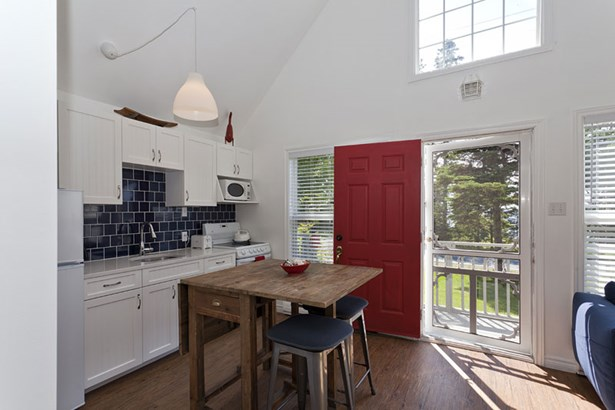 9189 St. Margaret's Bay, Queensland, NS - CAN (photo 4)