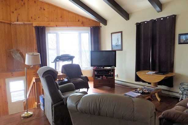 964 Old Highway 205, Baddeck Bay, NS - CAN (photo 5)
