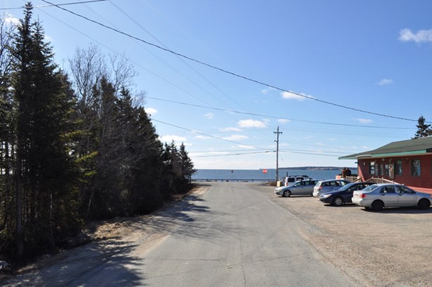 12 Firehall Road, Blandford, NS - CAN (photo 2)