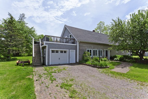 10491 & 10493 Peggy's Cove Road, Glen Margaret, NS - CAN (photo 1)
