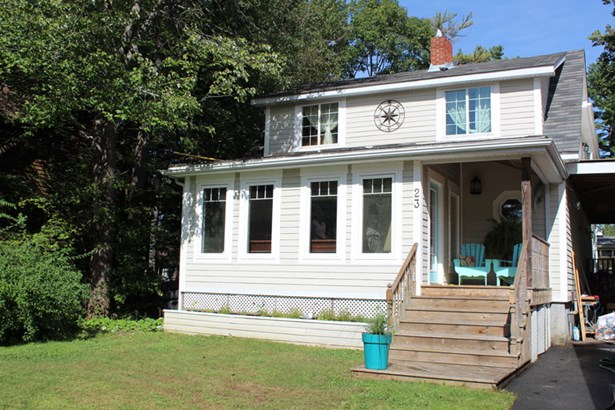23 Perth Street, Bedford, NS - CAN (photo 3)