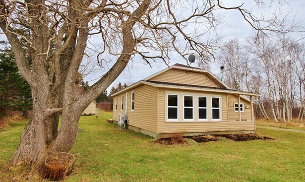 616 Fort Point Road, Weymouth North, NS - CAN (photo 1)