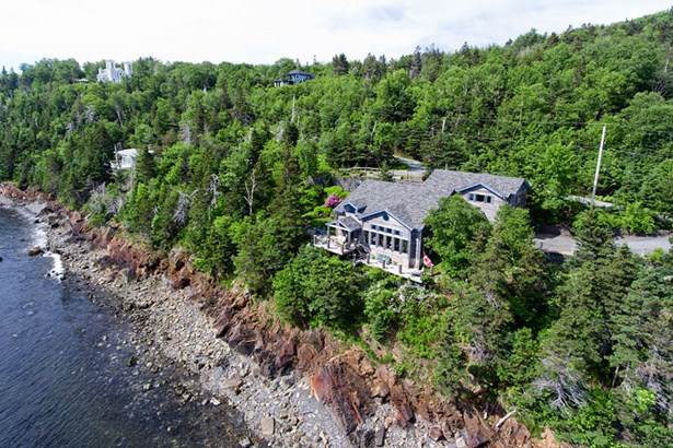 200 Fergusons Cove Road, Halifax, NS - CAN (photo 1)
