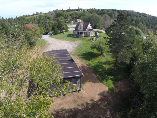 6 Pauls Point Road, Hackett's Cove, NS - CAN (photo 1)