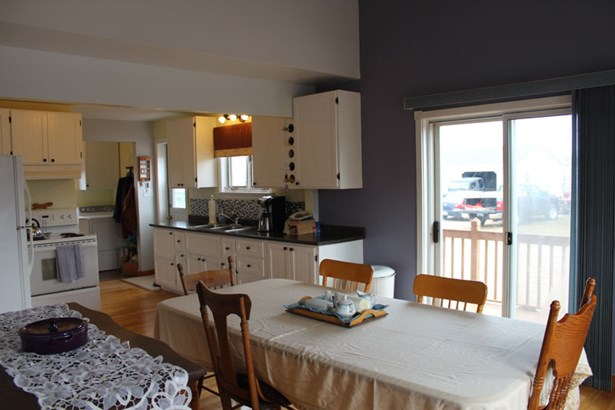 15686 Cabot Trail Road, Cheticamp, NS - CAN (photo 4)