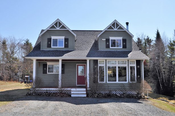 204 Mcinnis Road, Chester Basin, NS - CAN (photo 1)
