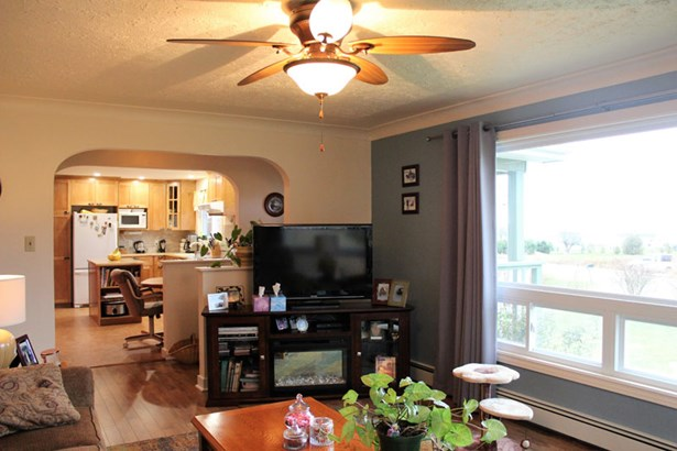 7606 Highway 329, East River Point, NS - CAN (photo 4)