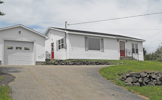 209 Highway 217, Freeport, NS - CAN (photo 1)