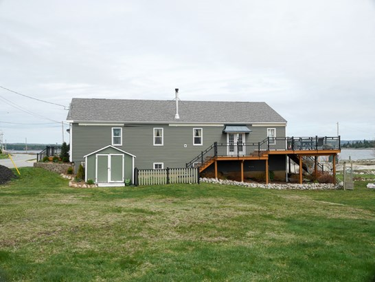 6413 Highway 3, Western Shore, NS - CAN (photo 3)