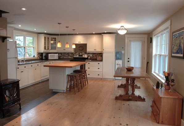 130 Borgalds Point Road, Chester Basin, NS - CAN (photo 5)