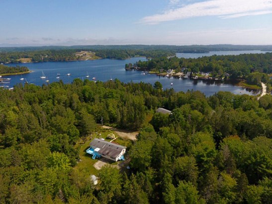 180 Borgels Point Road, Chester Basin, NS - CAN (photo 2)