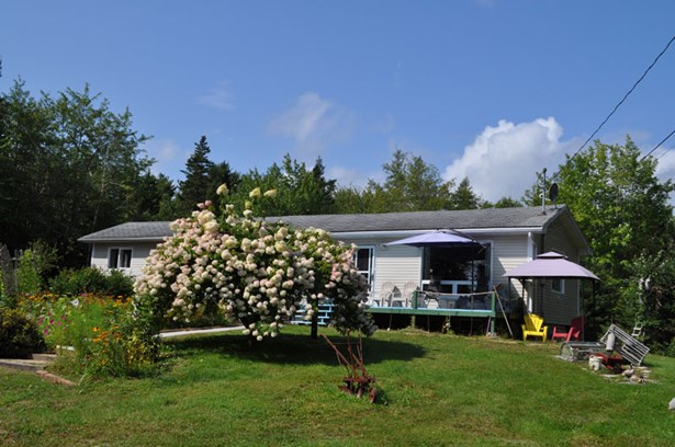 180 Borgels Point Road, Chester Basin, NS - CAN (photo 4)