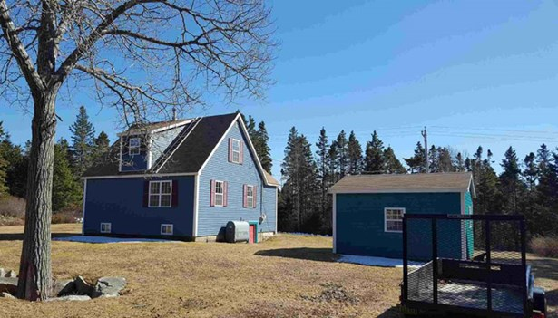 39 Pauls Point Road, Hackett's Cove, NS - CAN (photo 1)
