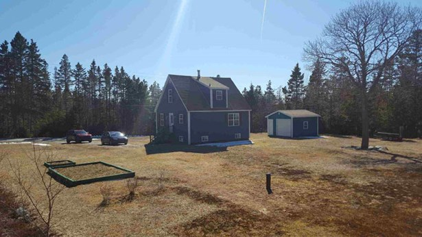39 Pauls Point Road, Hackett's Cove, NS - CAN (photo 2)