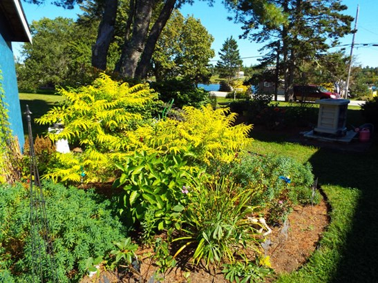 8754 Highway 331, Voglers Cove, NS - CAN (photo 4)