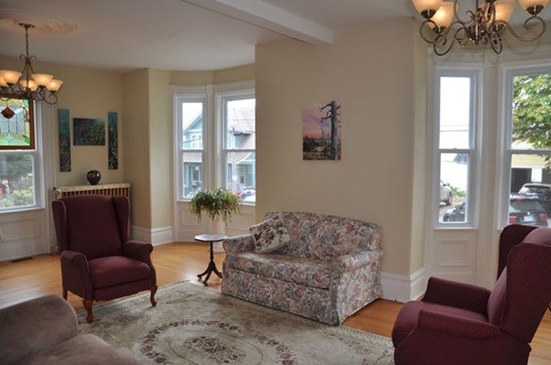 289 Pelham Street, Lunenburg, NS - CAN (photo 5)