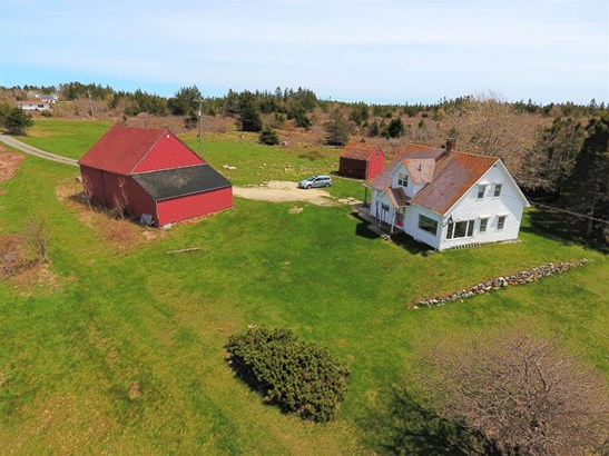 96 Oceanview Drive, Blandford, NS - CAN (photo 3)
