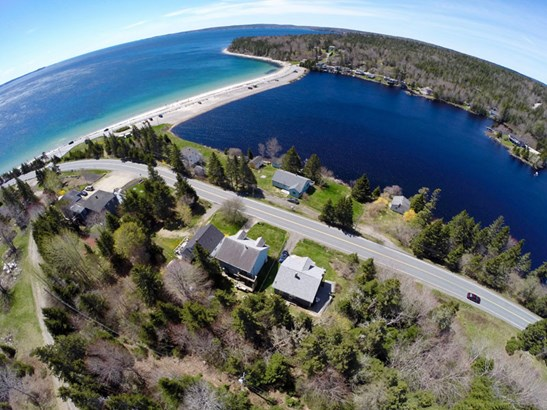 9629 St. Margaret's Bay Road, Queensland, NS - CAN (photo 1)