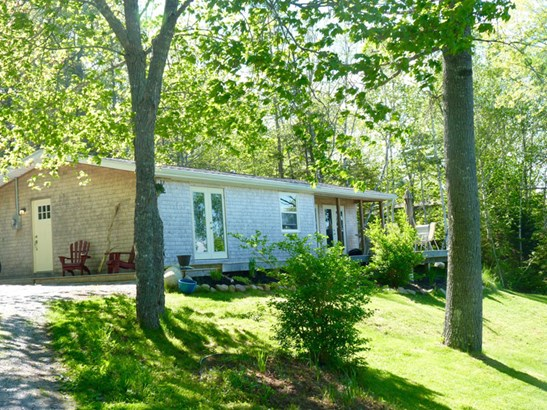444 Oakland Road, Indian Point, NS - CAN (photo 3)