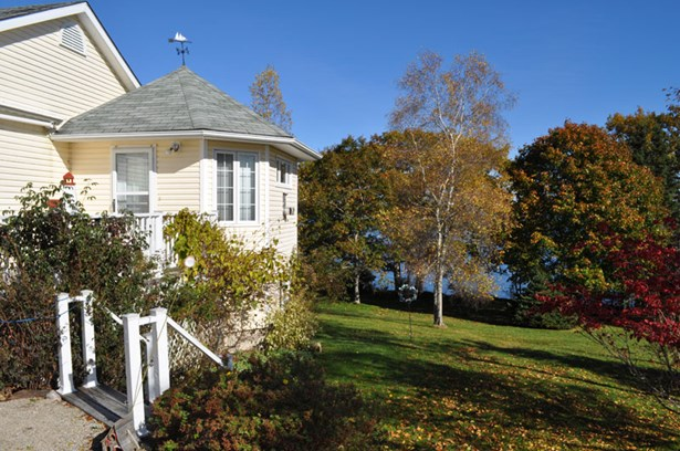 358 & 354 Indian Point Road , Indian Point, NS - CAN (photo 4)