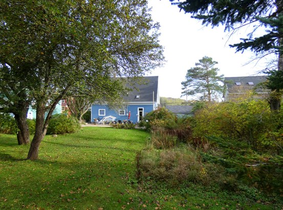 654 Main Street , Mahone Bay, NS - CAN (photo 2)