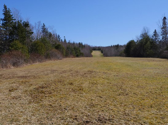 Route 1, Deep Brook, NS - CAN (photo 2)