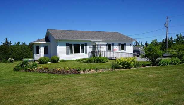 2221 Highway 1, Grosses Coques, NS - CAN (photo 2)