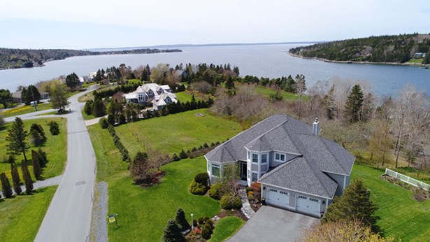10 Foxberry Hill, Glen Haven, NS - CAN (photo 2)