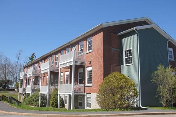 Unit 206 215 King Street, Bridgewater, NS - CAN (photo 1)