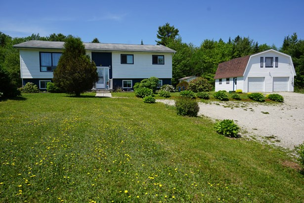 48 Bridgeview Drive, Gold River, NS - CAN (photo 1)