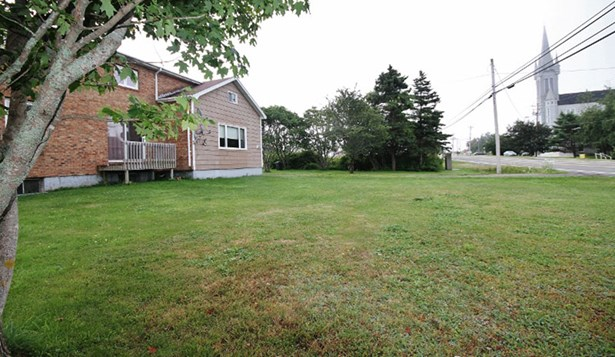 1748 Route 1, Church Point, NS - CAN (photo 2)